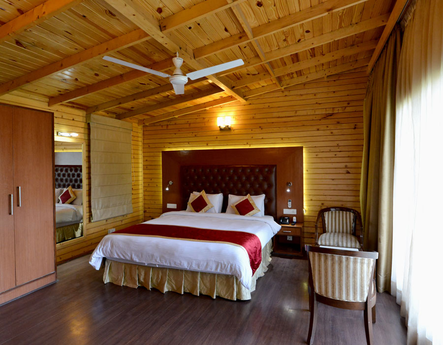 kasauli-hills-resort-super-deluxe-cottage-valley-facing-cottage-rooms-accommodation-valley-facing-view