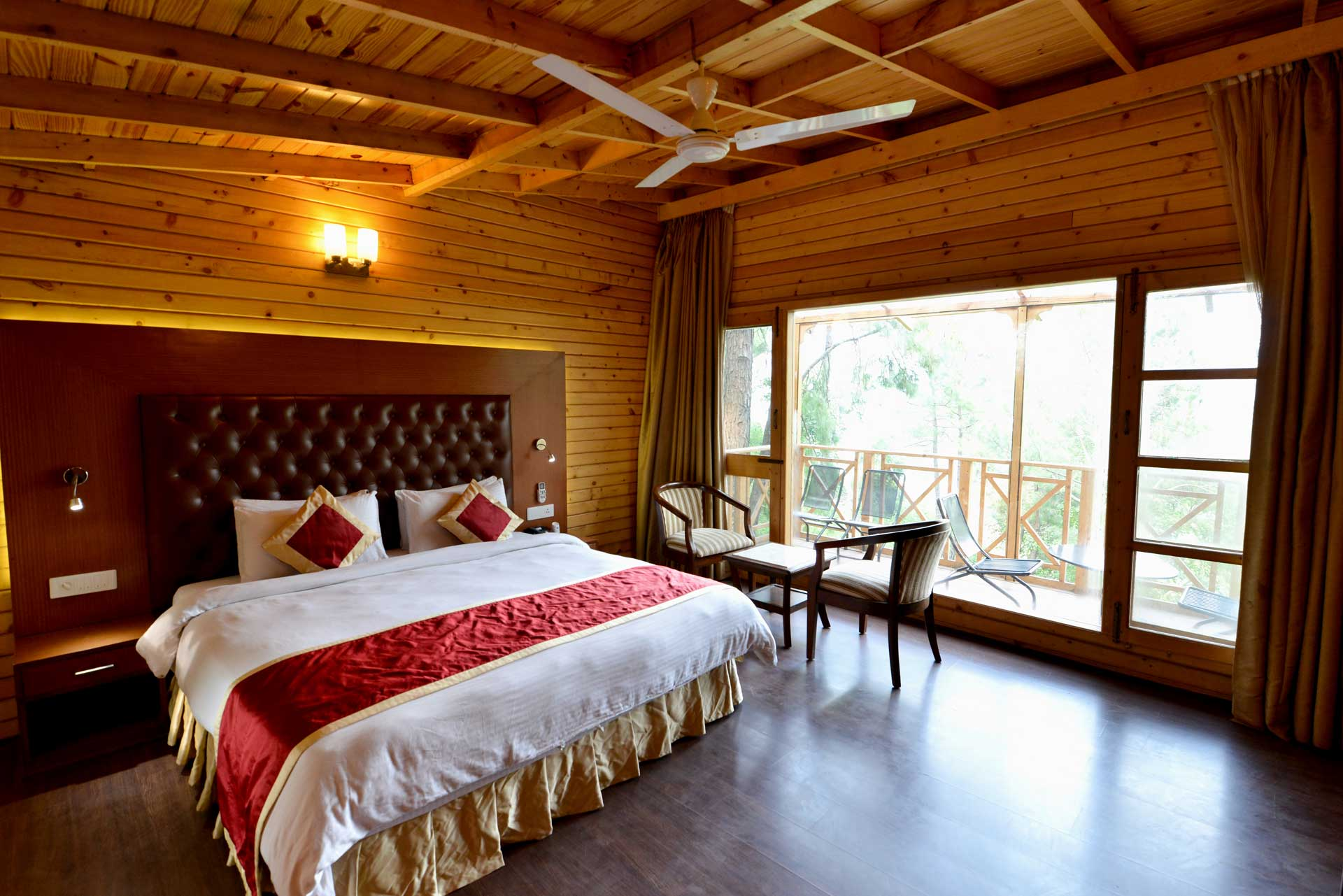 kasauli-hills-resortsuper-deluxe-cottages-accommodation-valley-facing-view-acoommodation