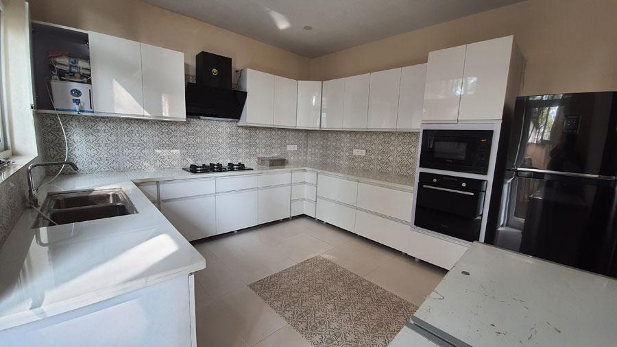 alpviram-kasauli-solan-himachal-pradesh-modular-kitchen