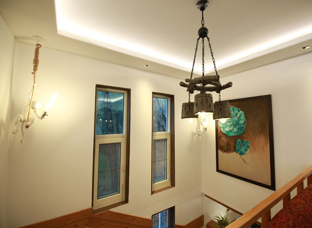 timbuk-too-kasauli-villas-rooms-cottages-resorts-hotels-accommodation-in-kasauli-best-price-art-decor