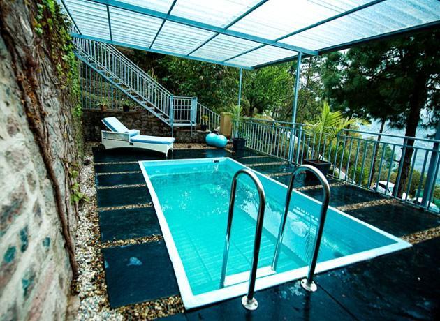 timbuk-too-kasauli-villas-rooms-cottages-resorts-hotels-accommodation-in-kasauli-swimming-pool-area